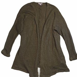 5/$25 Forever 21 Cozy over sized cardigan